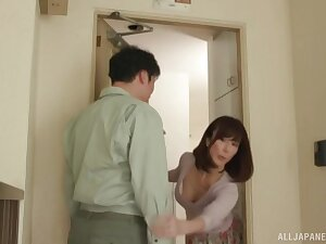 Mature Asian wife loves to get fucked by her neighbor while habitation alone